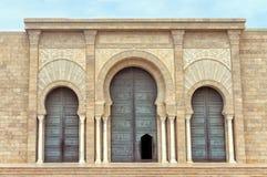 Voorgevel van Malik ibn Anas Mosque in Carthago, Tunesië royalty-vrije stock foto's
