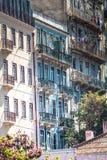 Voorgevel van oud huis in Alfama-district, Lissabon Royalty-vrije Stock Foto