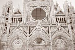 Voorgevel van Sienna Cathedral Church, Toscanië royalty-vrije stock foto's