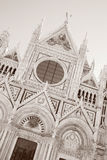 Voorgevel van Sienna Cathedral Church, Toscanië, Italië royalty-vrije stock afbeeldingen