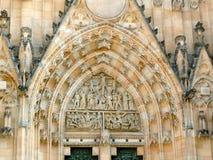Voorgevel van St Vitus Cathedral, Praag Royalty-vrije Stock Afbeeldingen