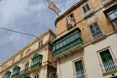 Voorgevels en balkons in historisch centrum van Valletta, Malta Royalty-vrije Stock Afbeelding