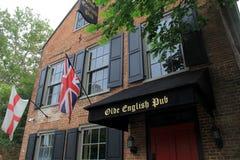 Vooringang van de historische Engelse Bar van Olde, Quackenbush-Vierkant, Albany, NY, 2016 Stock Afbeelding