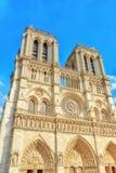 Voorkant van Notre Dame de Paris Cathedral, mooiste Cath Stock Foto