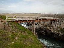 Voorlopige brug van metaal en hout, IJsland Royalty-vrije Stock Foto's