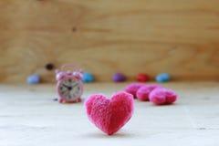 Voorraadfoto: Roze hart op de houten achtergrond Provencalstyl Stock Foto's