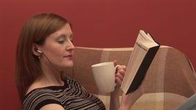 Voorraadlengte van Person Relaxing stock video