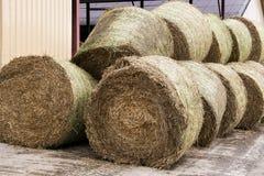 Voorraden van hooi voor koeien stock foto