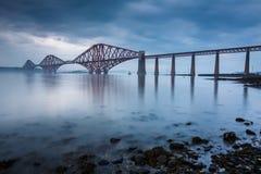 Vooruit bruggen in Edinburgh stock afbeelding
