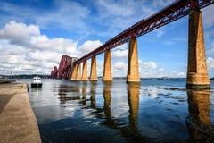 Vooruit van Firth brug Schotland stock afbeelding