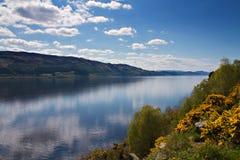 Vooruitzicht over Loch Ness stock foto
