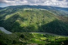 Vooruitzicht over Sil-rivier, Ribeira Sacra stock foto
