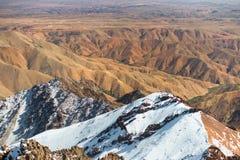Vooruitzicht van Jebel Toubkal, hoogste berg van Afrika royalty-vrije stock foto's