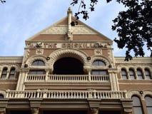 Voorvoorgevel van het Driskill-hotel in Austin van de binnenstad, Texas stock foto's