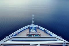 Voorwaarts dek van een cruiseschip Royalty-vrije Stock Foto