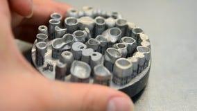 Voorwerp op metaal 3d printer die wordt gedrukt stock videobeelden