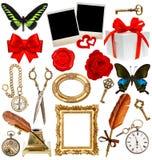 Voorwerpen voor plakboek klok, sleutel, fotokader, vlinder Stock Afbeelding