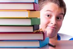 Voorzichtig optimistische jonge schooljongen royalty-vrije stock afbeelding