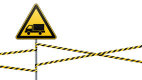 Voorzichtigheid - de veiligheid van het gevaarswaarschuwingsbord Voorzichtig zijn van de auto Een gele driehoek met een zwart bee Royalty-vrije Stock Fotografie