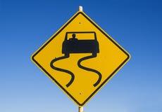 Voorzichtigheids Gladde Verkeersteken Stock Foto
