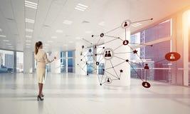 Voorzien van een netwerk en sociaal communicatie concept als efficiënt punt F Stock Foto