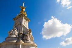 Voorzijde van Buckingham-paleis Stock Foto
