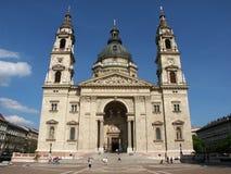 Voorzijde van de Basiliek van Heilige Steven Stock Foto's