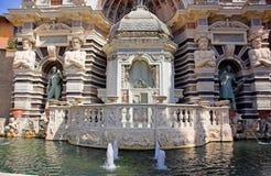 Voorzijde van de fontein van het Orgaan Stock Fotografie