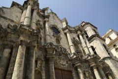 Voorzijde van de Kathedraal van Havana in Cuba Stock Foto's