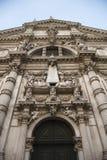 Voorzijde van de Kerk van San Moise in Venetië. Royalty-vrije Stock Afbeeldingen
