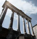 Voorzijde van de Tempel van Saturnus Stock Afbeeldingen