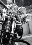 Voorzijde van een klassieke motorfiets Royalty-vrije Stock Afbeeldingen