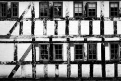 Voorzijde van een oud huis royalty-vrije stock foto's