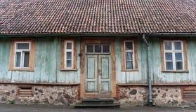 Voorzijde van een oud huis in Viljandi Royalty-vrije Stock Fotografie