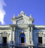 Voorzijde van het Gebouw van het Wetenschapsinstituut in Oaxaca stock foto's