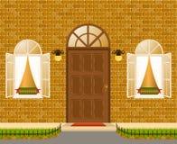 Voorzijde van huis met vensters Stock Afbeeldingen