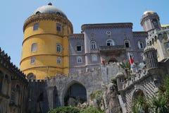 Voorzijde van Pena-Kasteel in Sintra Royalty-vrije Stock Afbeeldingen
