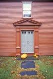 Voorzijde van Rood Huis, Deerfield, Massachusetts Stock Foto's