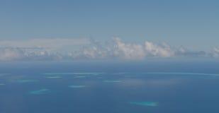 Vor der Landung von Meeru-Insel, Malediven Ansichten von der Luft planen Stockfotos