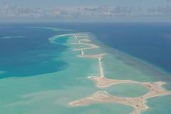 Vor der Landung von Meeru-Insel, Malediven Ansichten von der Luft planen Lizenzfreie Stockfotografie