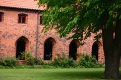 Vor Frue修道院,一个卡默利特平纹薄呢修道院在Elsinore Helsing 库存照片