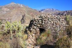 Vor-Inkarundes Haus nannte colca nahe Chivay in Peru Stockfotos