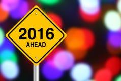 2016 voran Stockbild