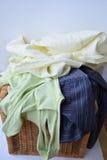 Vorbereiten der Wäsche stockbilder