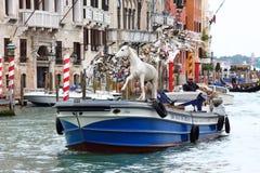 Vorbereiten für Art Biennale in Venedig Lizenzfreies Stockfoto