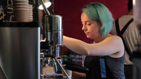 Vorbereitung Barista Cafe Making Coffee stock video footage