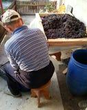 Vorbereitung des Weins Stockfotografie