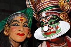 Vorbereitung für KATHAKALI Tanz Stockbilder