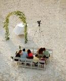 Vorbereitung für Strandhochzeit Stockfotos