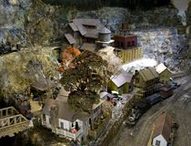 Vorbildliche Eisenbahn in einer Kohle-Stadt Stockfotos